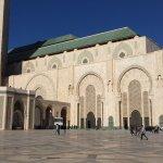 II. Hasan Camii resmi