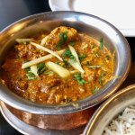 The hot chicken curry.