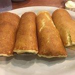 Foto de Cindi's NY Deli Bakery - Campbell Rd.
