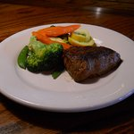 Outback Steakhouse. STEAK DINNER with Veggies. NICE.