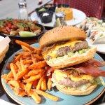 Big Big Burger