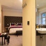 Geräumige Mehrbettzimmer im Hotel Brunnenhaus Schloss Landau