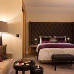 Komfortable Mehrbettzimmer im Hotel Brunnenhaus Schloss Landau