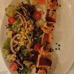 Lachsspiess mit Garnelen vom Grill