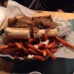 Hot Roast Beef po boy
