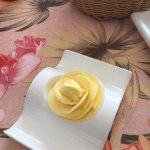 butter rose...
