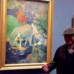 Posing in front of that original Gauguin at Musée d'Orsay in Paris. Great hunting !