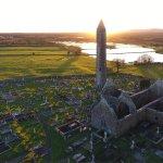 ภาพถ่ายของ Kilmacduagh Tower