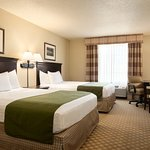 Photo de Country Inn & Suites By Carlson, Chanhassen, MN
