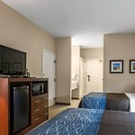 Photo of Quality Inn and Suites Dixon