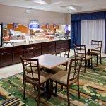 謝爾比維爾智選假日套房飯店照片