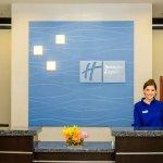 Photo de Holiday Inn Express Hotel & Suites Austin NW - Arboretum Area