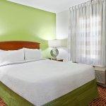 TownePlace Suites Charlotte Arrowood Foto