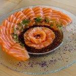 tiradito usuzukuri salmón especial