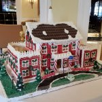 Ready for Christmas with a gingerbread replica!