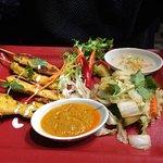 Poulet sauce satay légumes sautés