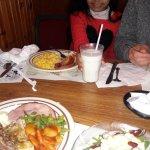 Foto de Dienner's Country Restaurant