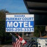Photo of Niagara Parkway Court