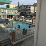 Easy access to the beach, clean rooms, and friendly staff!