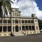 Exterior photos of Honolulu 's Iolani Palace