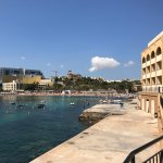 Photo de Marina Hotel Corinthia Beach Resort
