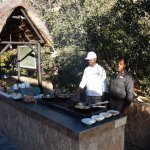 Chef Kudzai prepares a superb outdoor breakfast