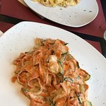 Fettucine saumon et courgettes et fettucine carbonara