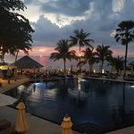 Photo de The Surin Phuket