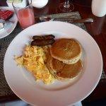 Bistro Breakfast - 2x2x2