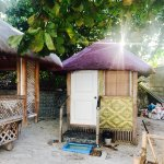 My single cabana! Shared toilets/shower are near reception/restaurant.