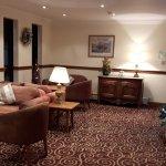 Photo de Legacy Rose & Crown Hotel