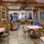 Bar and informal lounge
