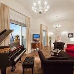 Photo of Grand Hotel Excelsior Vittoria