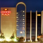 Photo de Crowne Plaza Arlington Suites