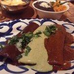 Tres Enchiladas