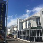 Foto Pavilions Hotel