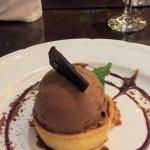 Tarteleta de castañas y helado de chocolate