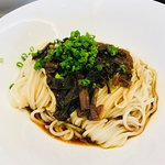 Scallion oil noodles (must try)
