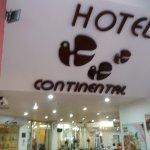 Guayaquil, Ecuador, Hotel Continental. Acceso.