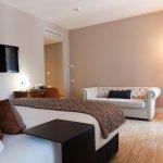 Photo de Alexandra Barcelona Hotel, Curio Collection by Hilton