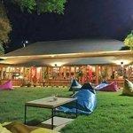Grills House Kanchanaburi, Bar&Grills Avenue...