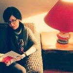 Leyendo a Eloy Moreno 'Lo Que Escondí Bajo el Sofá' historia inspirada en La Almunia de San Migu