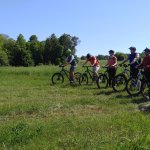 A group of friends getting some mountain bike instruction!