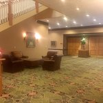Whispering Woods Hotel & Conference Center