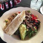 Photo de Moonshine Patio Bar & Grill