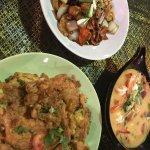 Chicken with cashew nuts, Shrimp Omelette, Tom Yum Soup