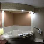 Jacuzzi Room with Queen Size Bed