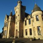 ภาพถ่ายของ Broomhall Castle