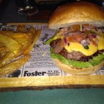Pura Vida Burgers Drinks照片