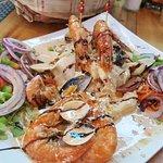 Bacalao con marisco y salsa de coco